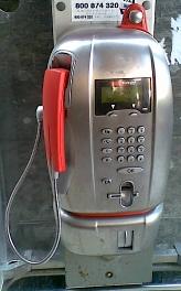 Telefono pubblico, fotografia di Marco Lazzari, immagine di pubblico dominio, public domain picture